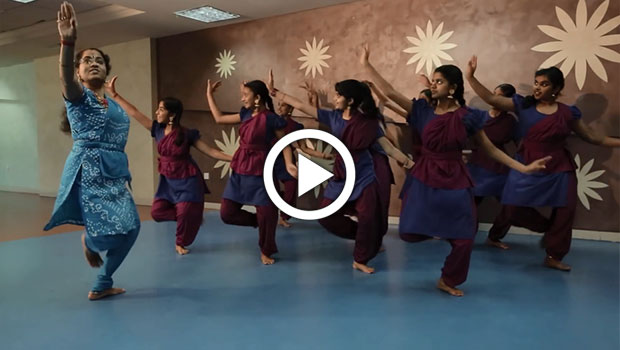 Indian classical dance teacher in mussafah abu dhabi-Priya Manoj